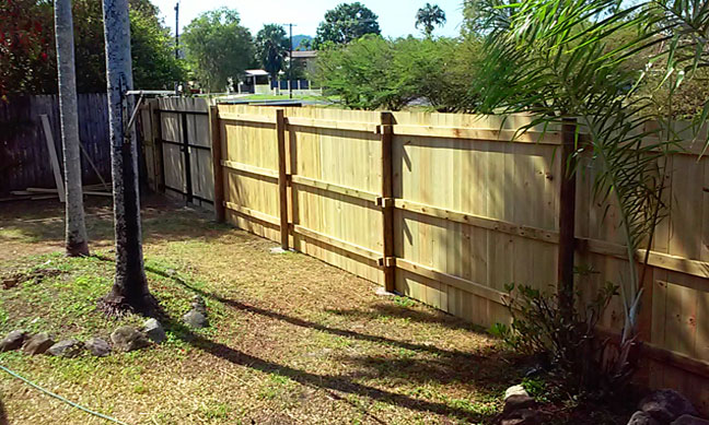 fence-building-cairns